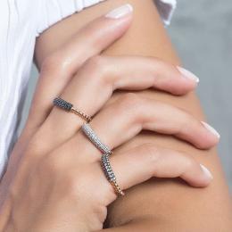 Pırlanta Yüzük- serçe parmaktaki